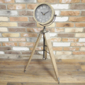 paris-tripod-clock